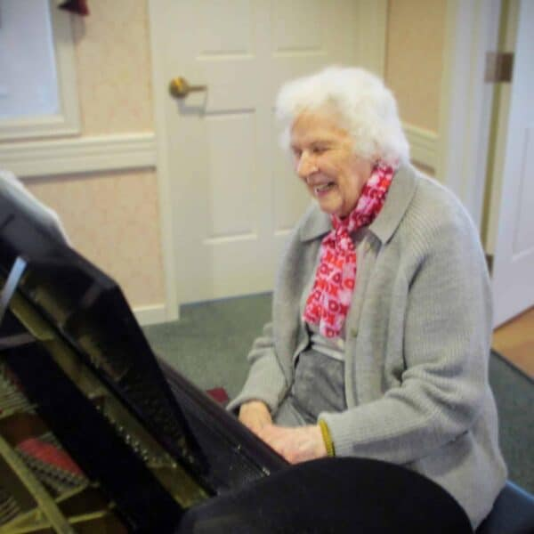 Pat plays the piano at Newhaven Court at Lindwood assisted living