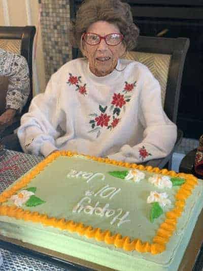 Jane Barton 101st BDay cakeB